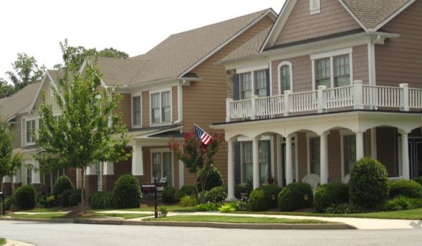 Suwanee GA Community Of Shadowbrook At Town Center