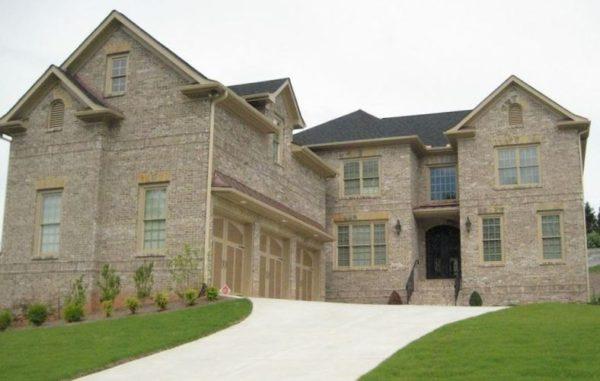 Johns Creek Home In Kingston Manor Neighborhood
