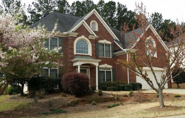 Alpharetta Home In Laurel Cove Neighborhood