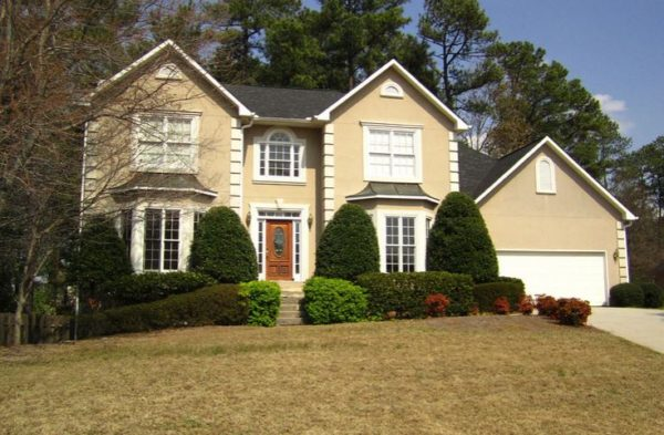 home-in-abbotts-pond-johns-creek-neighborhood